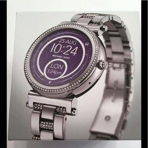 Michael Kors Smartwatch - Sofie Pave'
